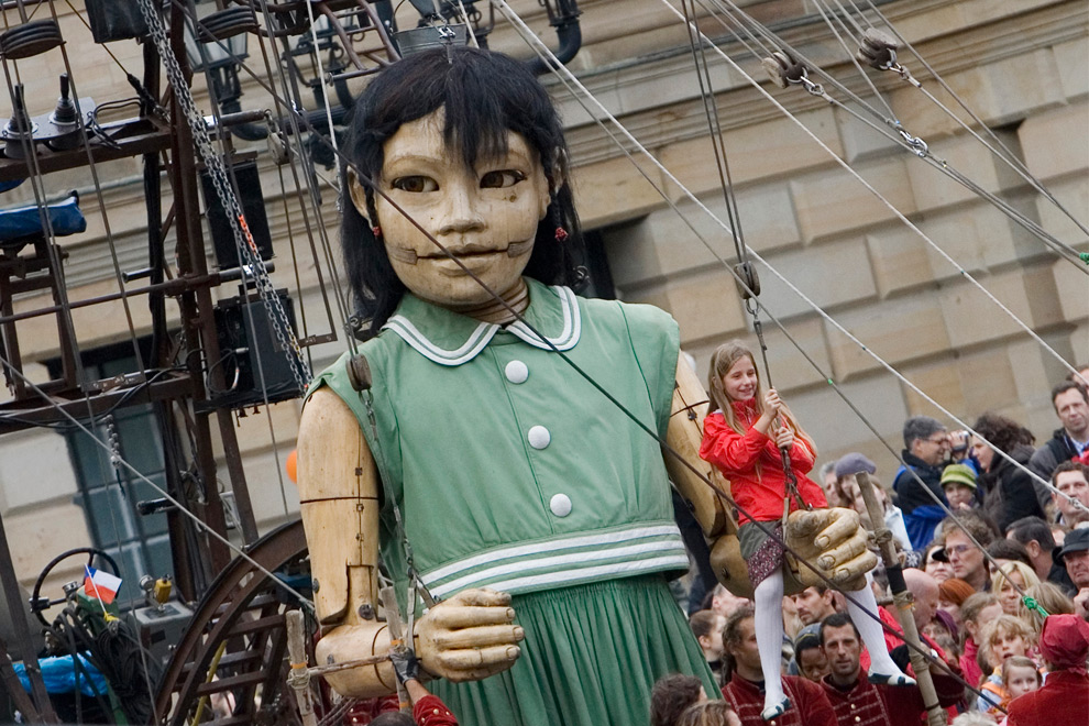 Massive Marionettes, Bigger Logos, Baby Cages and Doomsday Cults