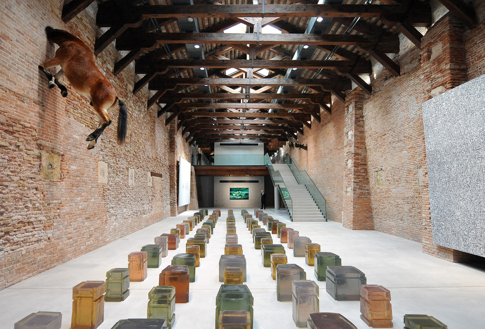 The 2009 venice biennale photos the big picture for Artisti biennale venezia