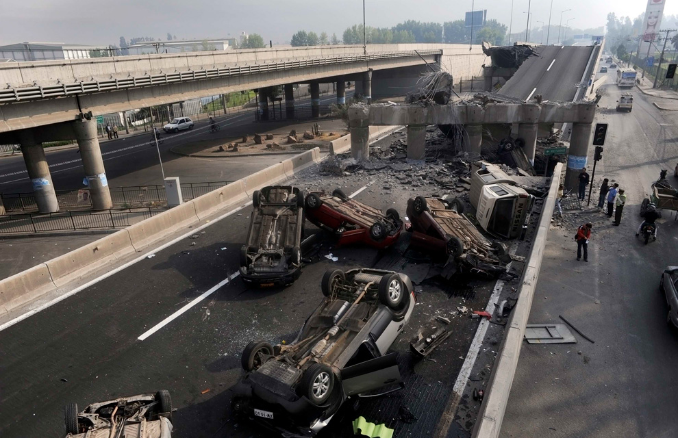 Earthquake in Chile highway destroyed