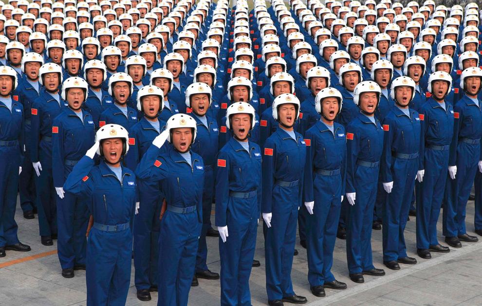 【引用】老美拍的60国庆壮观场面令央视无地自容(组图) - yangsichen.lichen的日志 - 网易博客 - 潘金莲 - ybj4302481@126 的博客