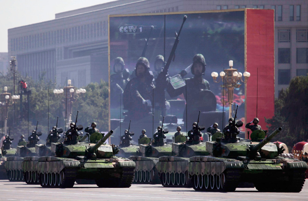 CHINA SE UNE A RUSIA, ORDENA AL EJ�RCITO PREPARARSE