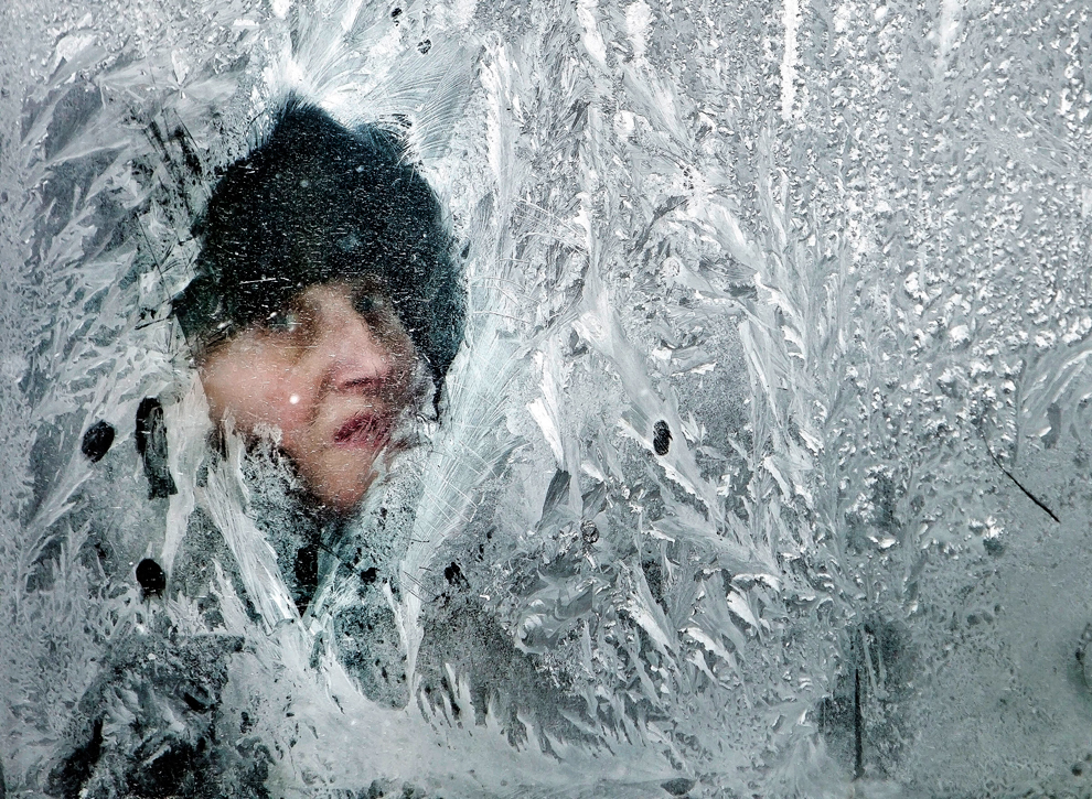 Freezing Cold Woman Extreme cold weather h...