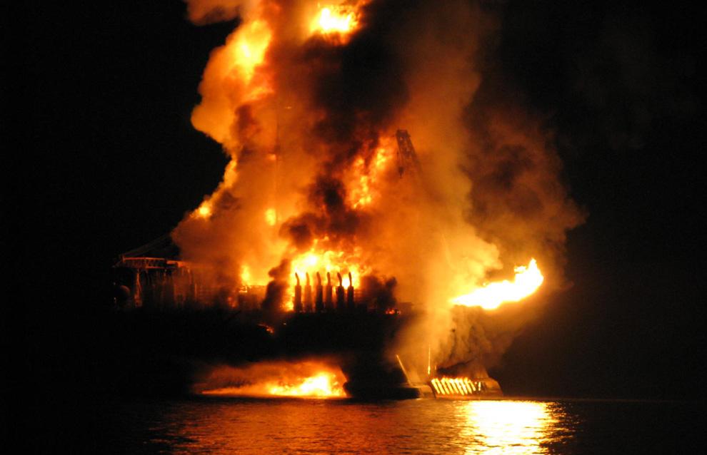 Một số hình ảnh về vụ tràn dầu tại vịnh Mehico>>Khủng khiếp D02_82b642a6