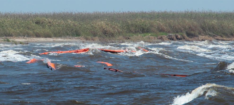 Một số hình ảnh về vụ tràn dầu tại vịnh Mehico>>Khủng khiếp D30_23210971
