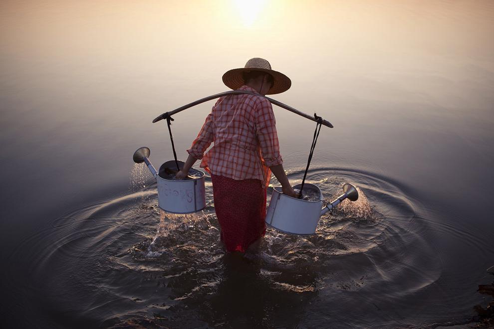 国家地理旅行者杂志 2013年摄影大赛获奖者 - 海阔山遥 - .