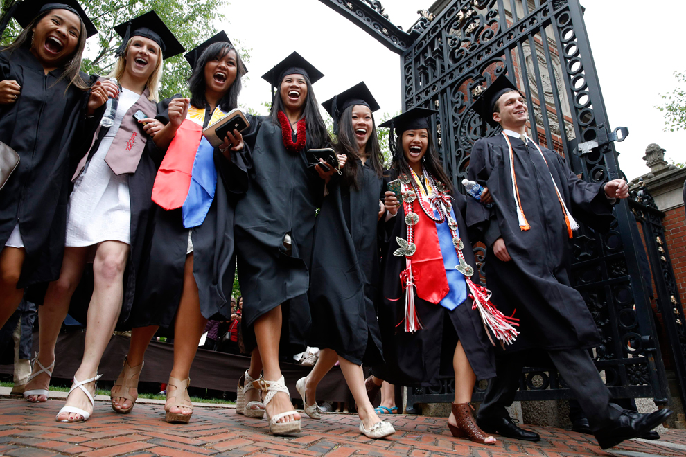 Graduation season 2013 - Photos - The Big Picture - Boston.com