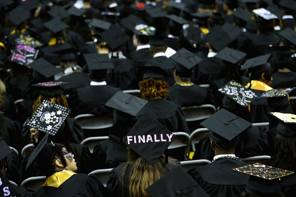 Graduation season 2013 - Photos - The Big Picture - Boston.com