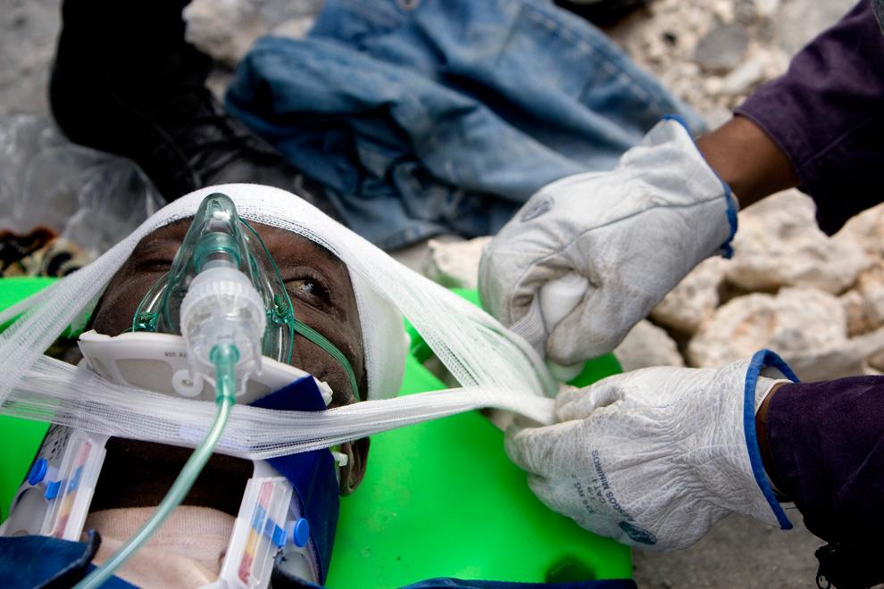 Haití Terremoto hombre es rescatado
