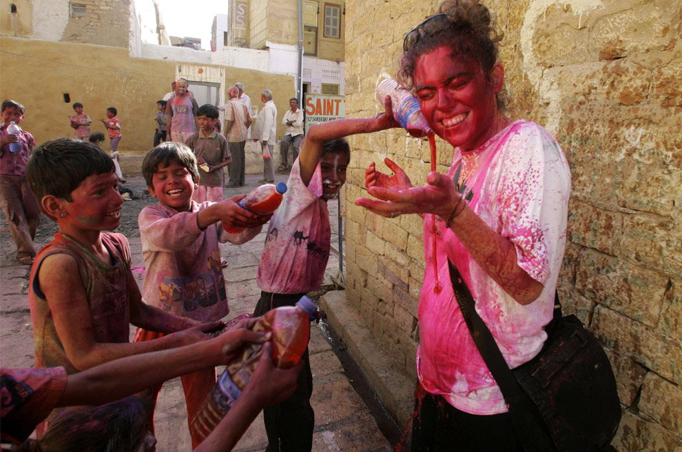 Holi - the Festival of Colors - The Big Picture - Boston.