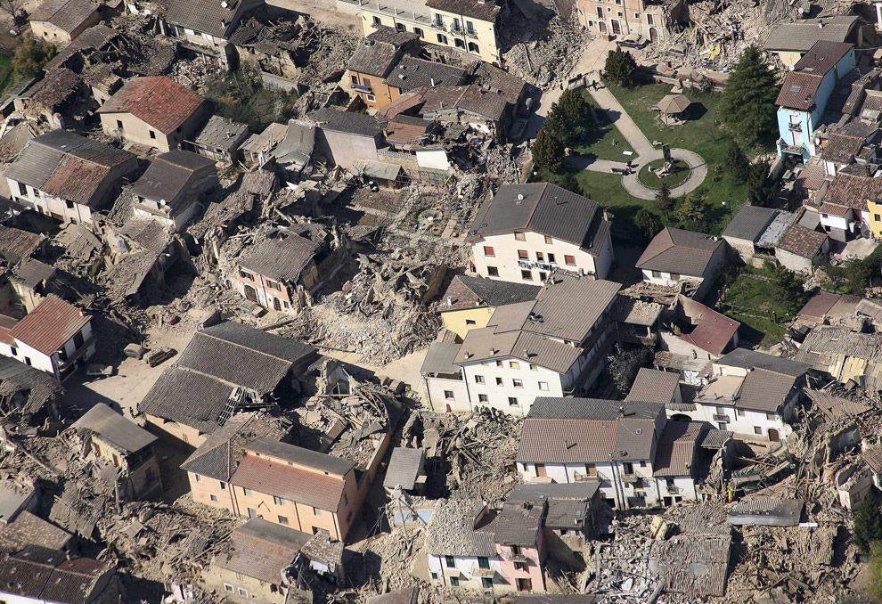 The L'Aquila earthquake - Photos - The Big Picture ...