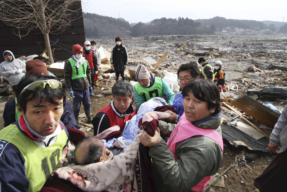 Japan Vast Devastation Photos The Big Picture
