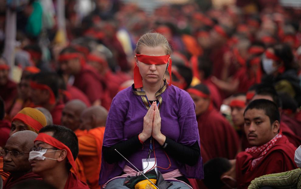 [The Big Picture] Lễ hội Kalachakra – nghe giảng đạo và thiền định
