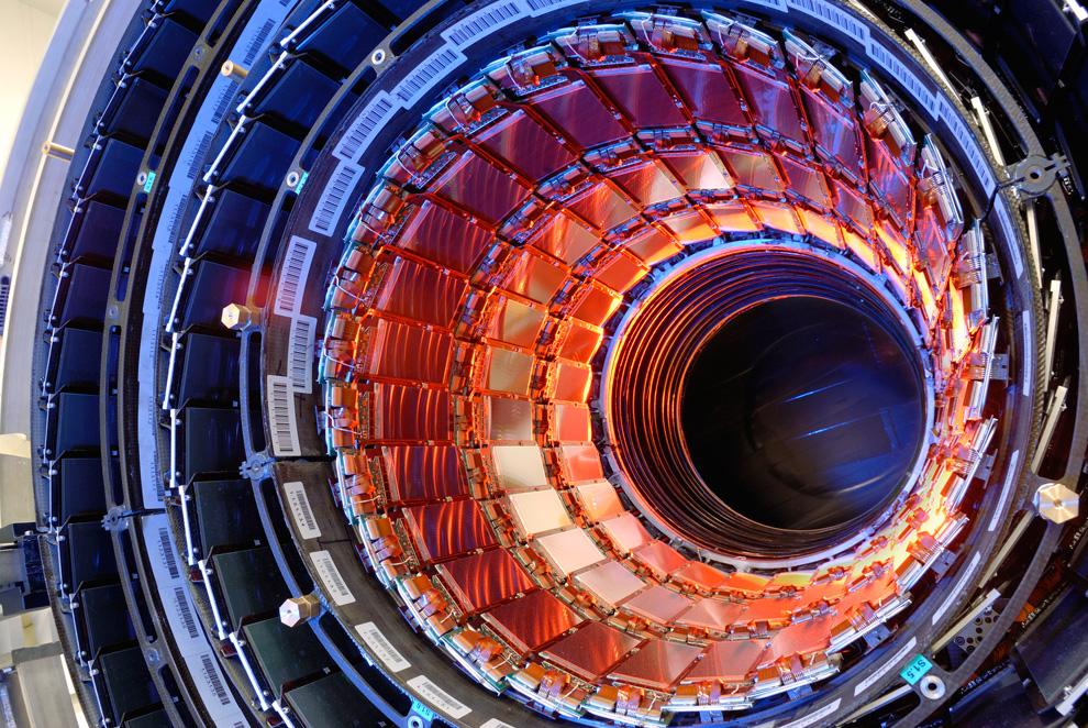 Ремонт Большого Андронного Коллайдера