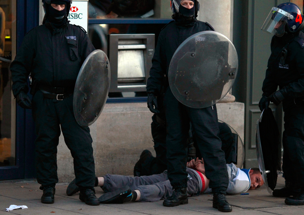 London Riots Violent Pictures