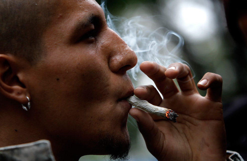 Getting high in senior year: NYU study examines reasons for smoking pot