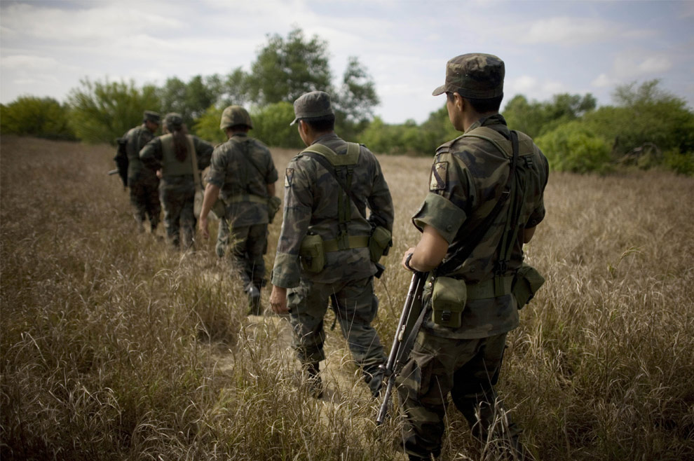 la guerra del narco en mexico(impresionantes imagenes)