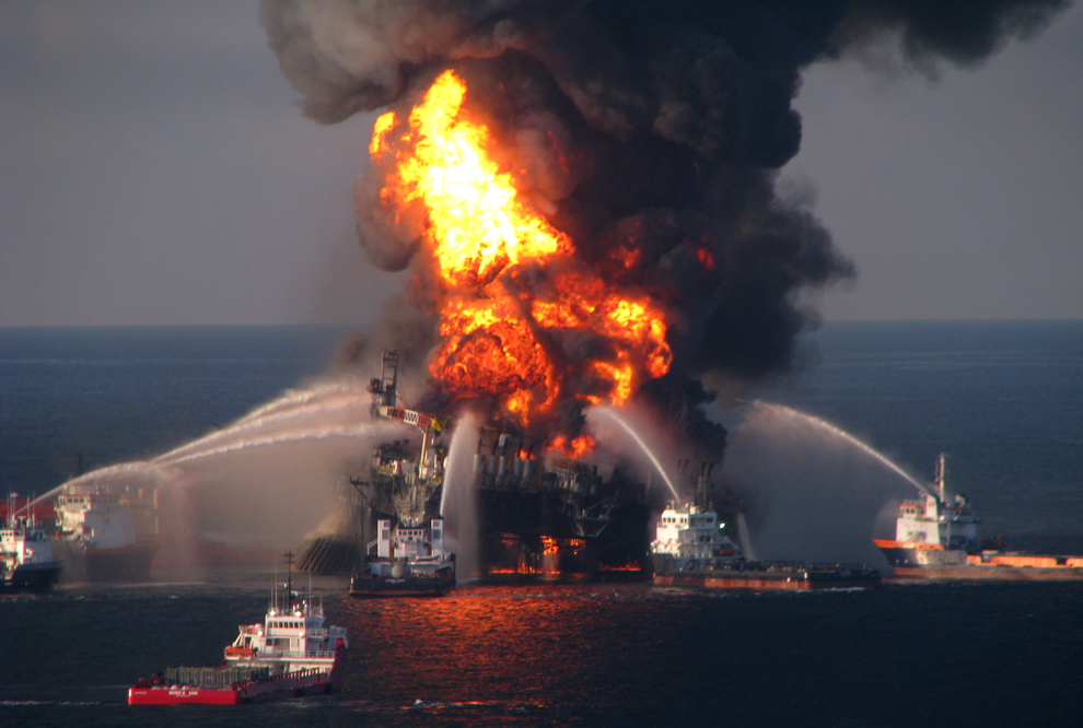 oil spill should not be cleaned up in a marine environment