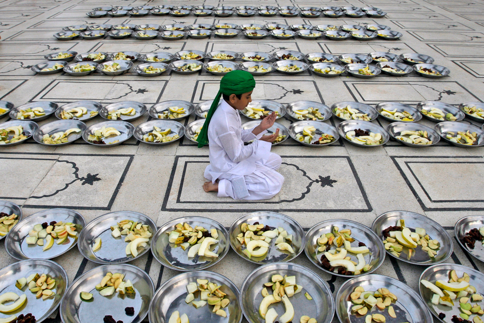 Ramadan around the world