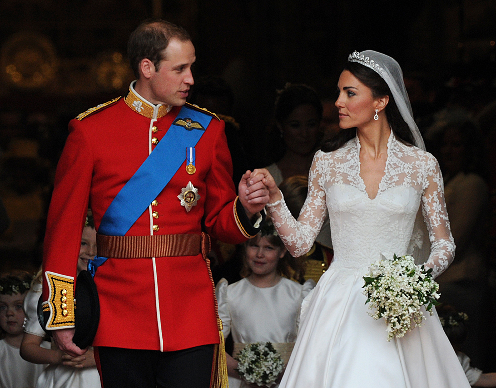 Britain 39s Prince William and his wife Kate Duchess of Cambridge
