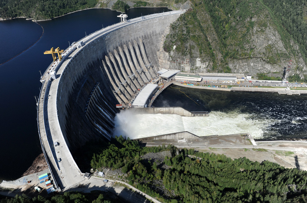 The Sayano-Shushenskaya hydroelectric power dam is seen from a helicopter in Cheryomushky on August 20, 2009.