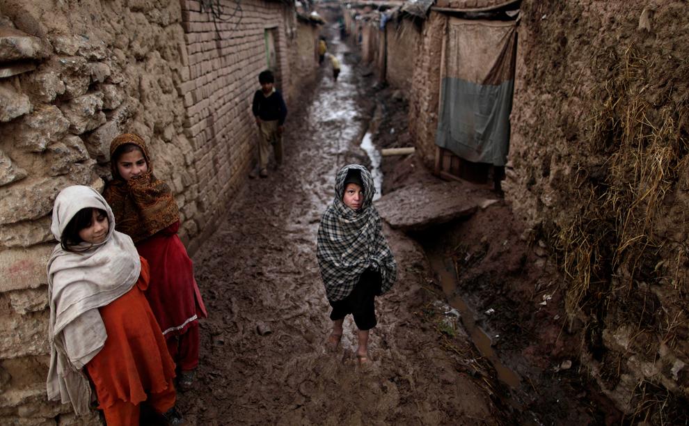 مليار يعيشون الأحياء الفقيرة جميع bp13.jpg