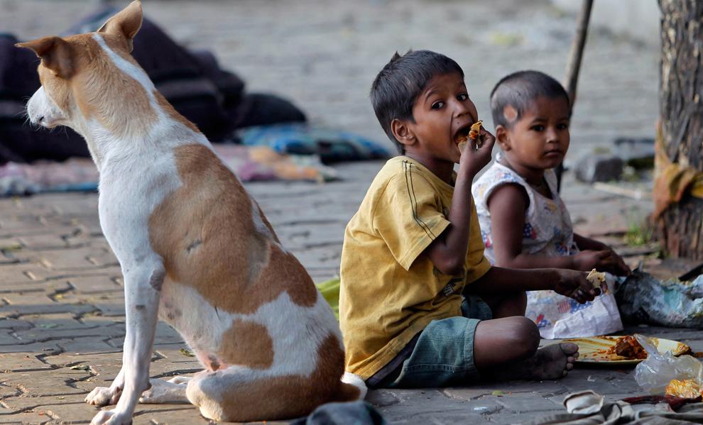 مليار يعيشون الأحياء الفقيرة جميع bp25.jpg