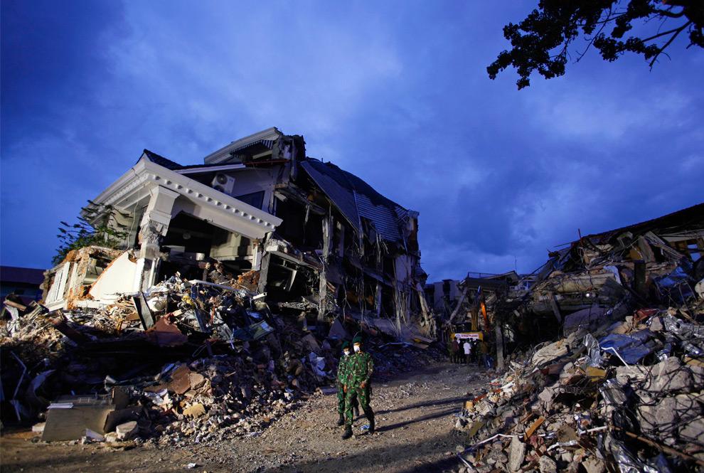 2009 Sumatra earthquakes - Photos - The Big Picture
