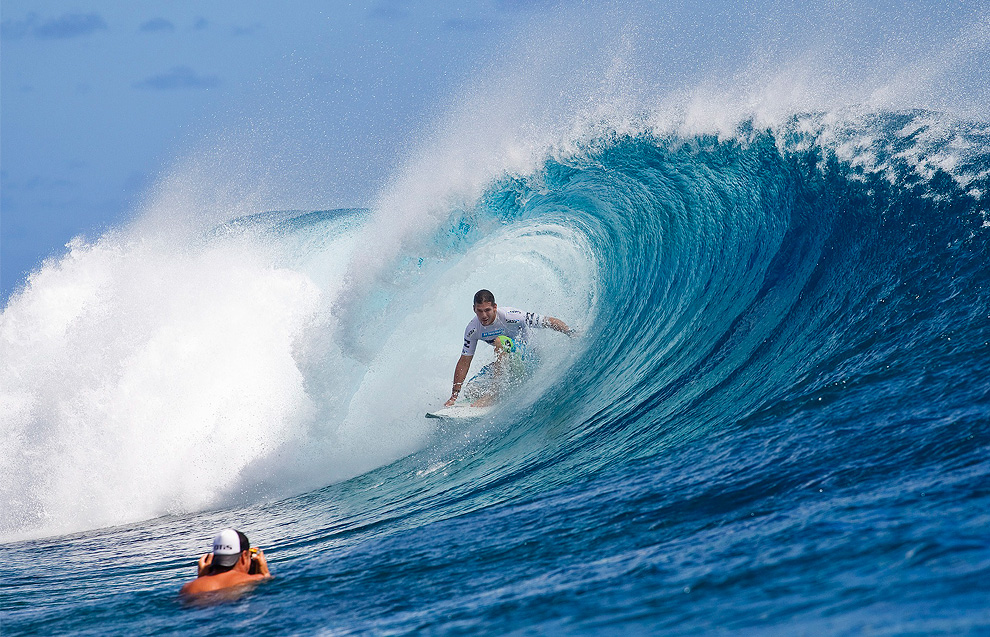 Former three-time Association of Surfing Professionals (ASP) World Champion Andy Irons from Kauai, Hawaii rides the tube of a wave Friday Sept. 3, 2010. Irons captured his first ASP World Tour victory in three years defeating CJ Hobgood in the final. (AP Photo/ASP, Kirstin Scholtz)