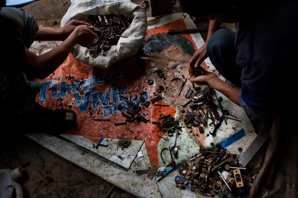"""[The Big Picture] """"The Mine - Guatemala"""" – mưu sinh trên đống rác"""