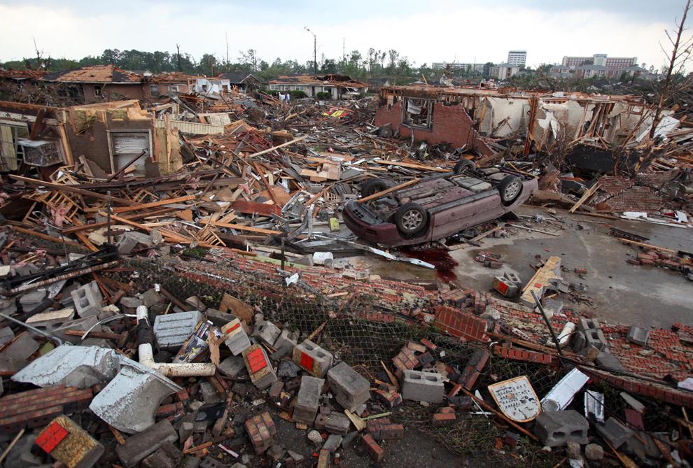 Tornadoes Devastate Southeastern U S Metafilter