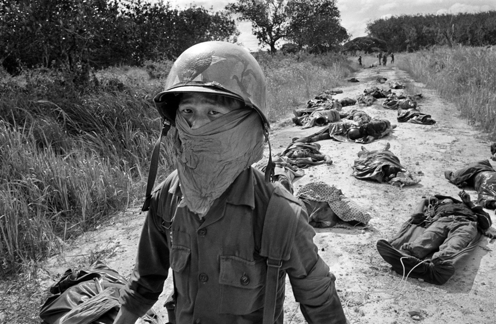 v07 51127062 - Vietnam, 35 years later