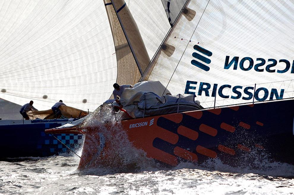 Фил Джеймсон (Новая Зеландия) на судне Ericsson 4 у берегов Рио-де-Жанейро. (© Oskar Kihlborg)