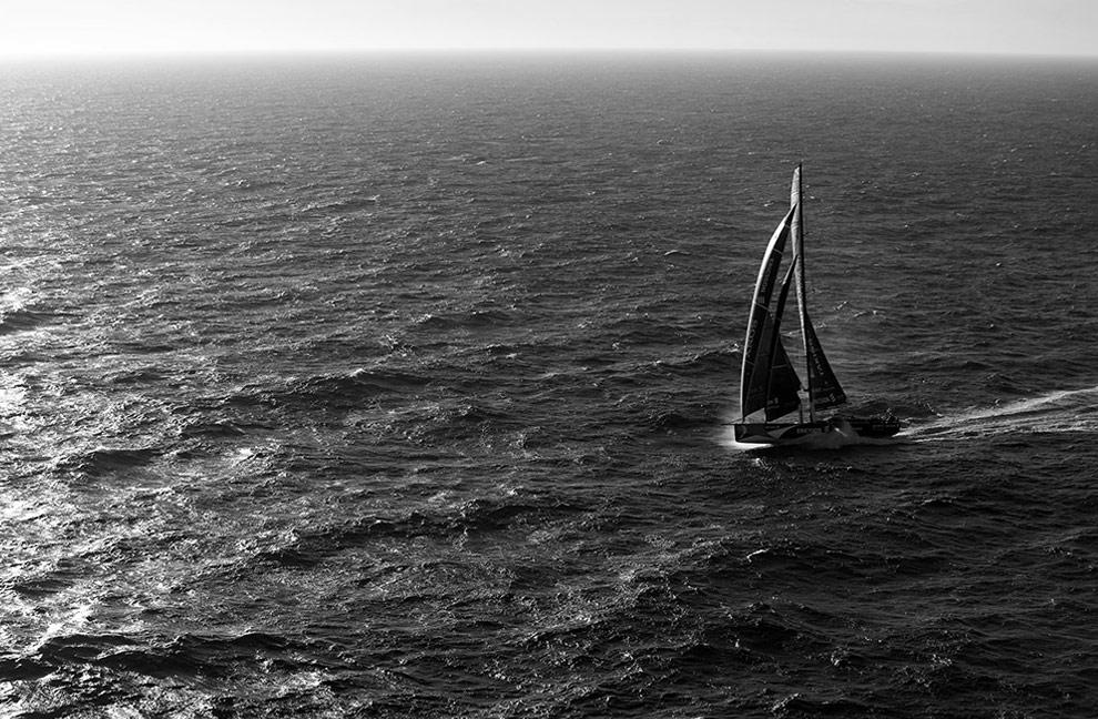 Судно команды Ericsson в Южном океане после начала четвертого этапа Volvo Ocean Race, в Веллингтоне через мыс Горн к Рио-де-Жанейро. (© Oskar Kihlborg)