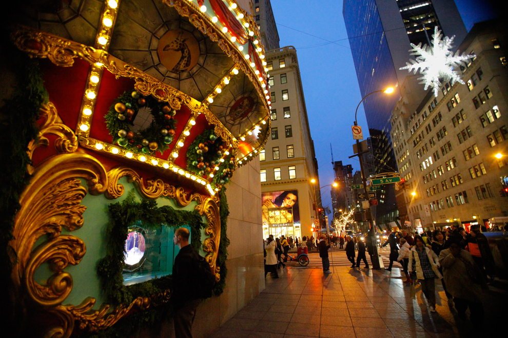 Christmas approaches - Photos - The Big Picture - Boston.com