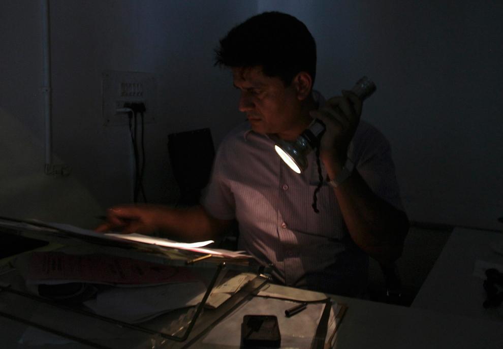India suffers major power failures - Photos - The Big