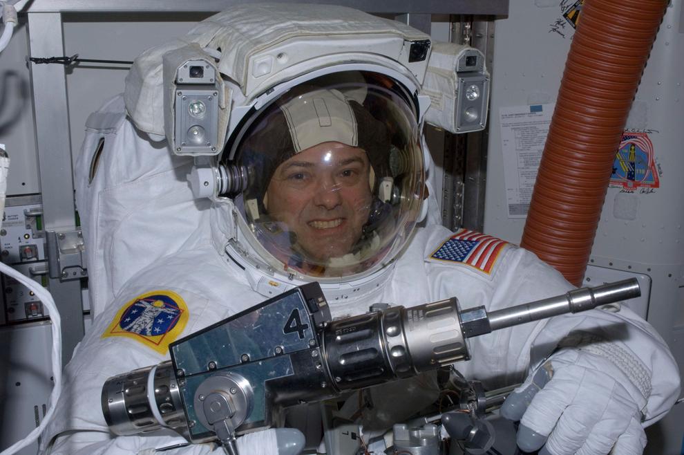 Space shuttle era ends with Atlantis - Photos - The Big ...