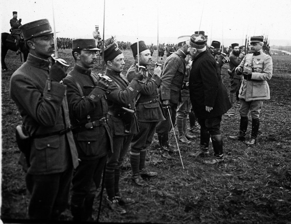 World war i unseen images from the front photos the - Battlefield 1 french soldier ...